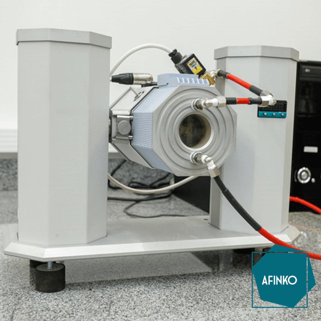 Equipamento DMTA utilizado para determinar Tg de polímeros