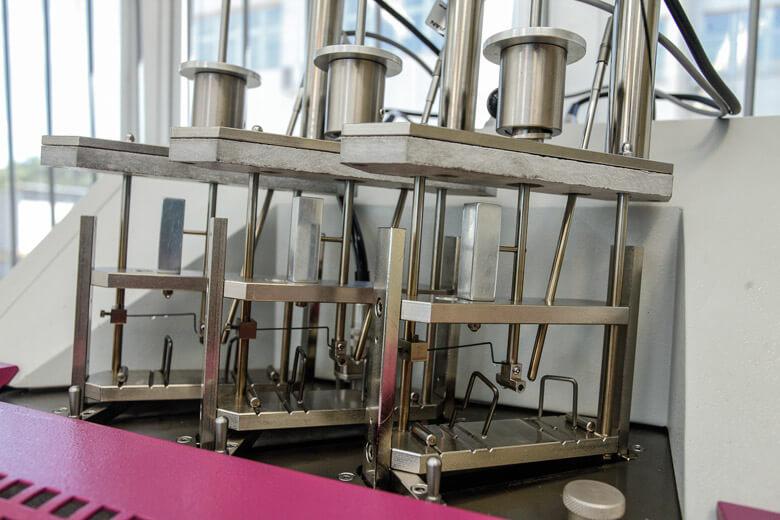 Ensaios Térmicos Temperatura-de-Amolecimento-Vicat