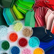 Cores de polímeros