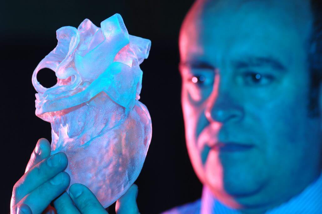 Coração produzido através da impressão 3D, facilitando as operações. Fonte: OpenBiomedical.org