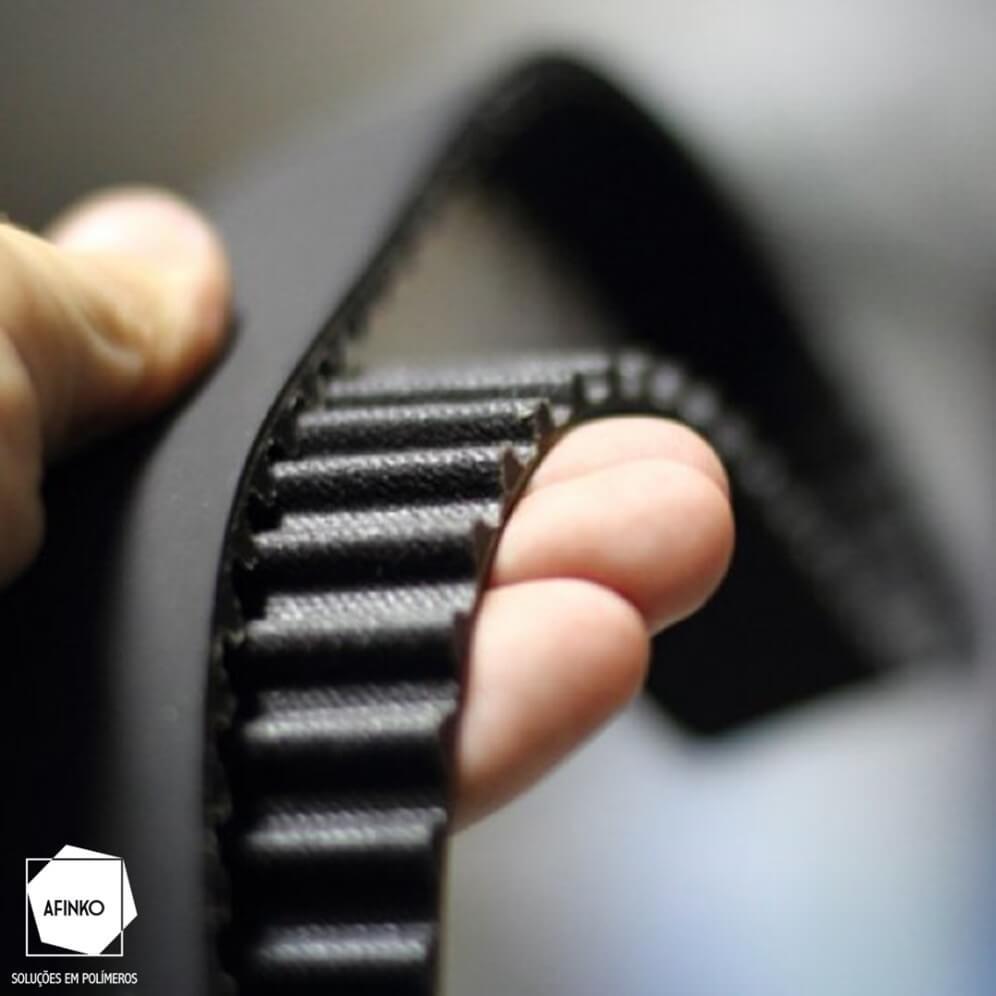Imagem ilustrativa do módulo de elasticidade em borrachas (Fonte: Castor International)
